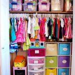 Universo infantil: su habitación. El armario (II)